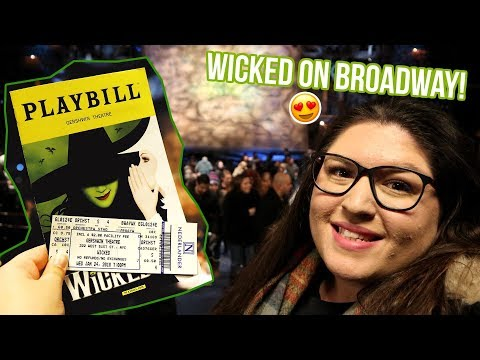 WICKED the Musical on Broadway! 💚💖 REVIEW (Rukaya Cesar)