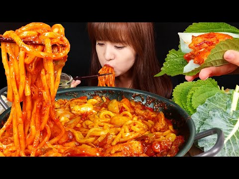 ASMR (COOKING) Dak-galbi (Korean Spicy Stir-fried Chicken). MUKBANG | bokyoung
