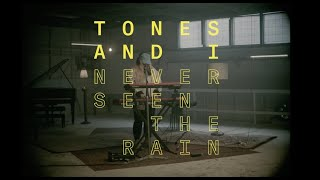 TONES AND I – NEVER SEEN THE RAIN (LIVE FROM THE HONDA STAGE)
