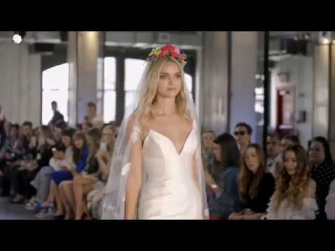 f7f8eb6da901d Wtoo by Watters Bridal - At First Sight Collection Runway - Fall 2018