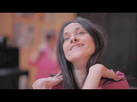 Šokantys neįgalieji: kiekvieną gyvenimą verta gyventi