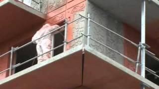 Fassade mit Airlessgerät spritzen