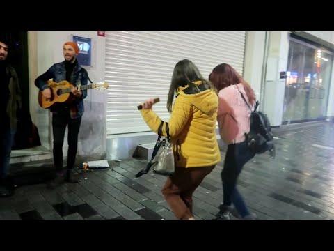 بنات ترقص في اسطنبول قدام جواني _ إغراء مو طبيعي !!