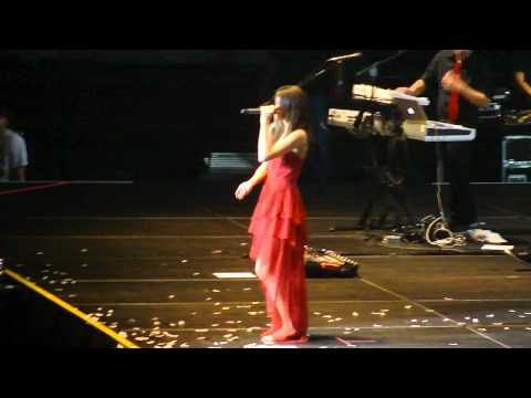 Selena Gomez & The Scene - (Intro to) + Naturally (Live in Chile)