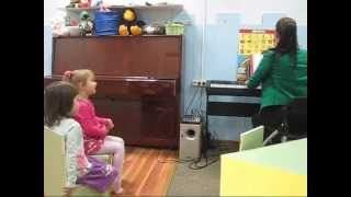 Развивающее занятие для детей 3-4 лет в студии Эстреllа(, 2015-12-01T14:47:31.000Z)