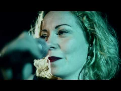 Anneke van Giersbergen & Danny Cavanagh - The Blower's Daughter