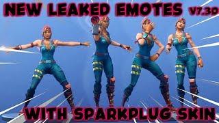 [Fortnite] ALL Leaked Emotes with Sparkplug skin(Glowstick, Air horn, Marsh Walk, Bobbin' ) V7.30