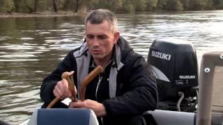 Рыбалка по-лугански ловля сома на квок(Дорогие зрители заходите на наш форум http://tvfish.ru/forum/index.php и задавайте нам вопросы, а мы будем стараться ответ..., 2013-04-27T14:35:09.000Z)