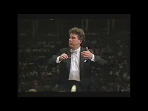 Tchaikovsky 'Italian Caprice' - Vassily Sinaisky conducts