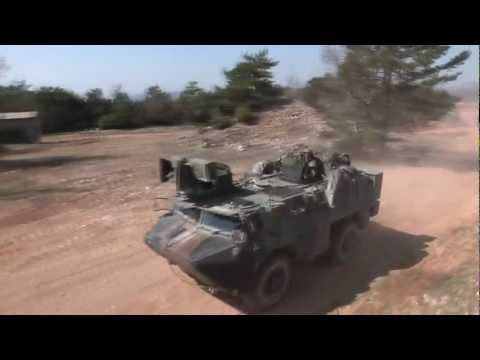 VAB ULTIMA wheeled armoured vehicle personnel carrier French army Renault Trucks Defense