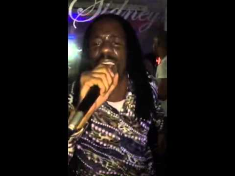 General levy incredible live performance