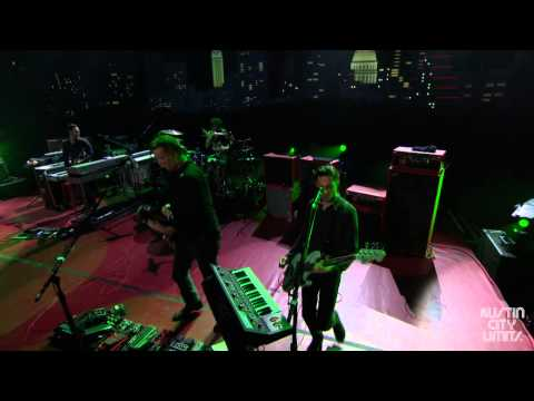"Austin City Limits Web Exclusive: Queens of the Stone Age ""Kalopsia"""