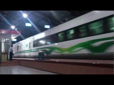 Argo Anggrek Passing Pekalongan Station