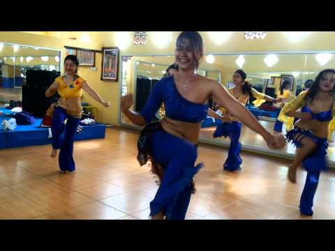 "SANTI STUDIO(Pasuruan)BELLYDANCE""INDIA DANCE (1)"""