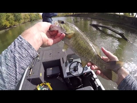 Ultra Shallow Water Creek Fishing In A Jet Boat!