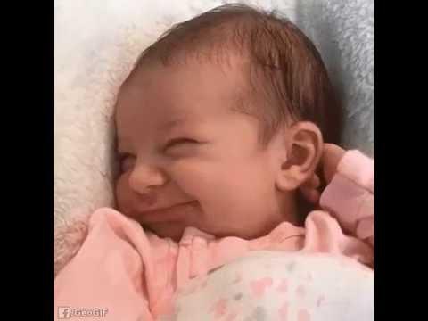 Говорят когда ребёнок улыбается во сне , с ним играет Ангел