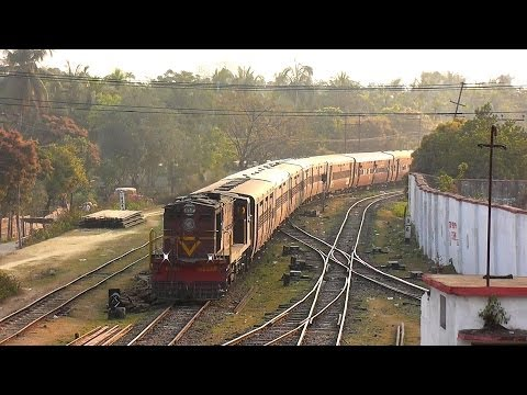 Morning Arrival of Lumding-Agartala Exp. at Badarpur (Feb. 26, 2013)