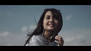 Video Indria Sastrotomo - Jatuh Hati (Cover Raisa) download MP3, 3GP, MP4, WEBM, AVI, FLV November 2018