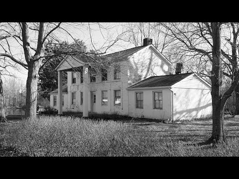 The  Gladsad  Manor,  Bethel,  Ohio