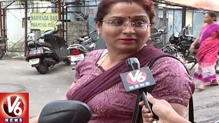 Ladies Problems In Driving Two Wheeler   Hyderabad   Special Story   V6 News