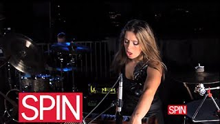 "SPINhouse Live: Anna Calvi, ""Suzanne and I"""