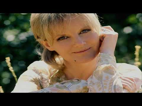 Petula Clark ~ Love Me With All Your Heart (Stereo)