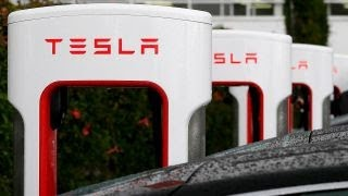 SEC ramps up investigation into Tesla, issues subpoena: Charlie Gasparino thumbnail