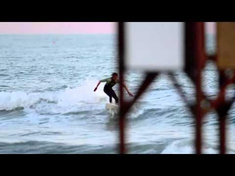 Sunset's surfers (Dr.Dog - Heart it Races)