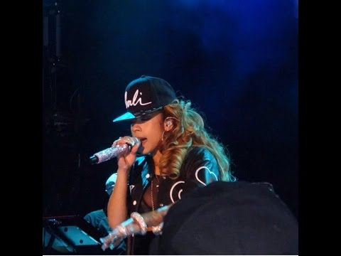 Keyshia Cole Performs Chris Browns Loyal, Shoulda Let You Go & Enough Of No Love