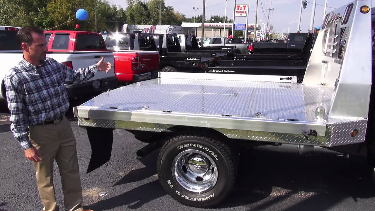 hight resolution of truck bed