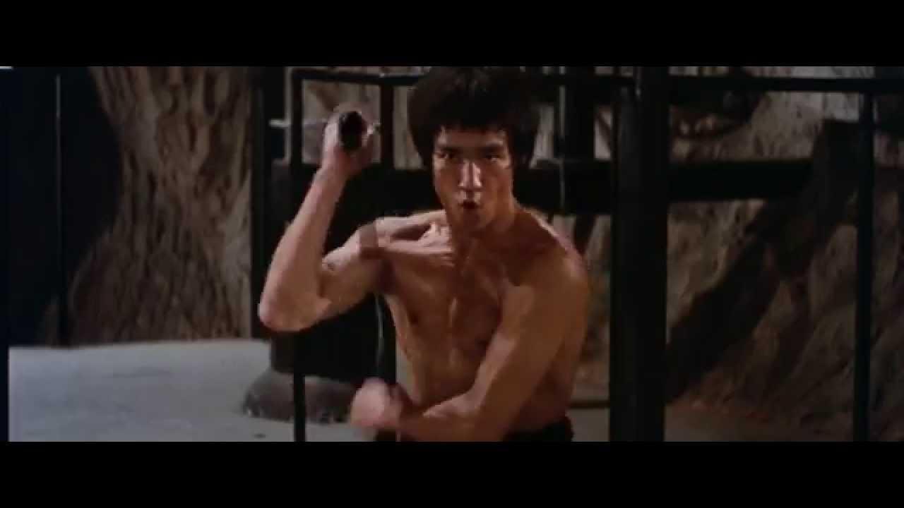 Bruce Lee Enter The Dragon Mirror Maze Ending - YouTube