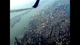 Take off at LaGuardia airport - New York + Manhattan overflight