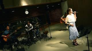 """2017.06.10のKIRIN BEER""""Good Luck"""" Liveにて披露された安田レイのカバ..."""