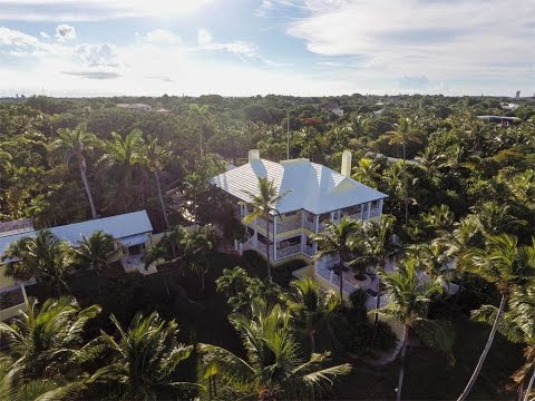 Gracious Colonial Style Island Home in Nassau And Paradise Island, Bahamas