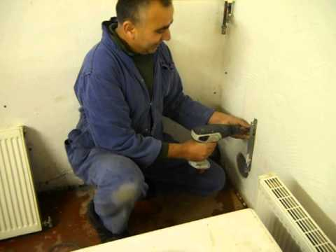 Intensive Plumbing Course - Coventry Building Workshop 07.01.2013 01