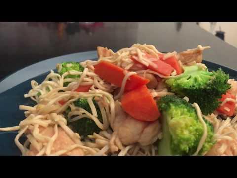 Stir Fry Chicken Noodles-اكلة صيني بالاندومي - شوحها متطلبهاش