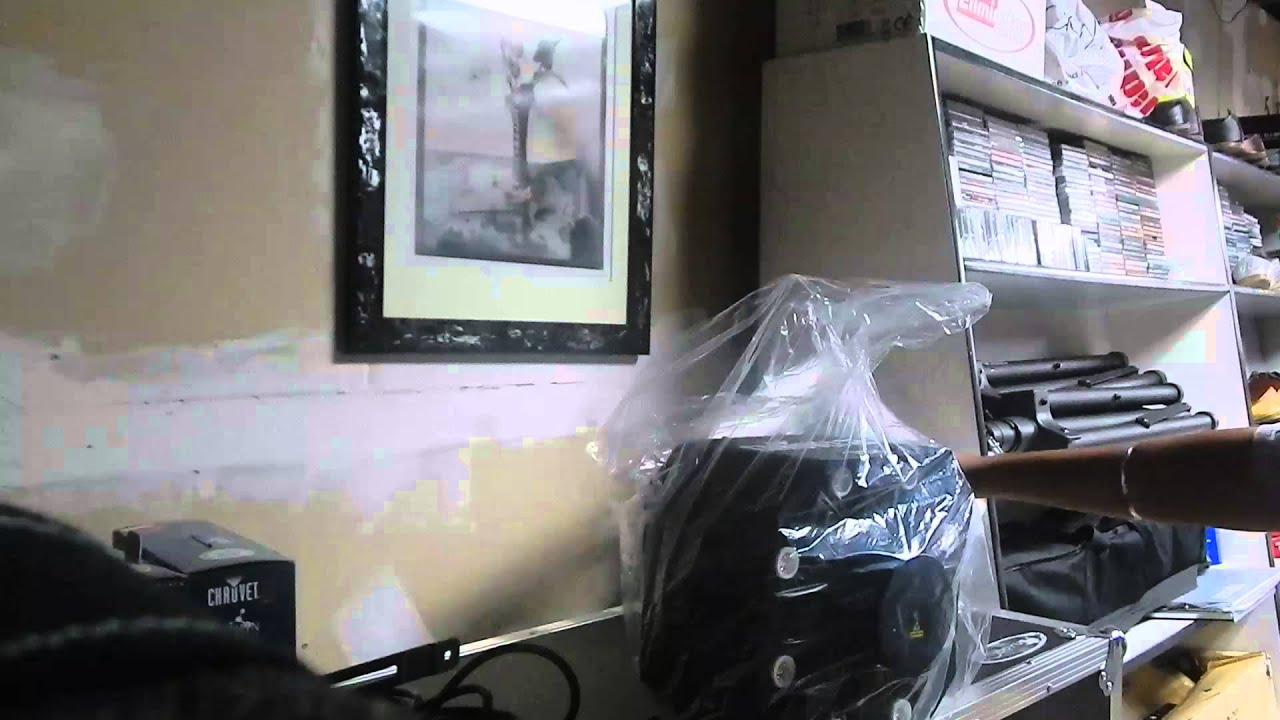 swarm 5 fx chauvet unboxing and first looks youtube. Black Bedroom Furniture Sets. Home Design Ideas