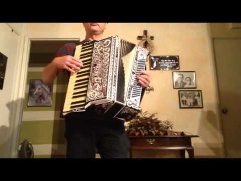 Antique flow tone accordion for sell