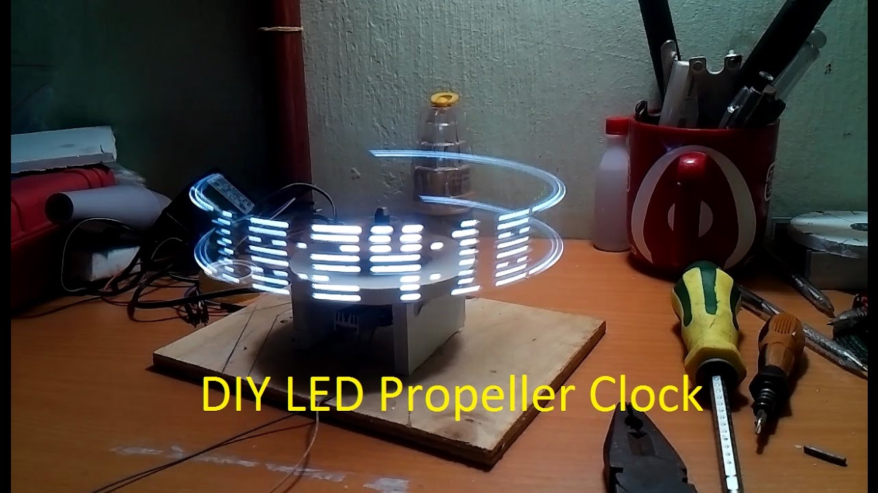 how to make a propeller clock youtube. Black Bedroom Furniture Sets. Home Design Ideas