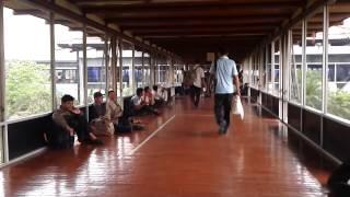 Bandara Soekarno Hatta semakin semerawut