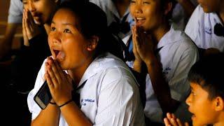 Erleichterung nach erster Rettungsaktion in Thailand