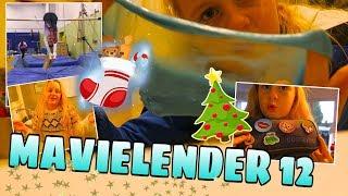 MAVIELENDER 12 What's in my pencil case 🎄 Vlog   MaVie Noelle