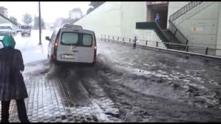 Bursa'da yağmur sel, sel ise kaza getirdi \ 24 07 2014 \ BURSA