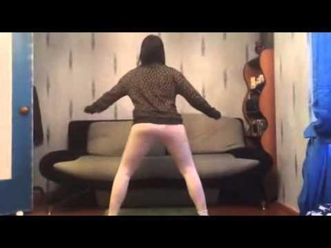 ロシア女のセクシーダンス......25秒の時注目!笑