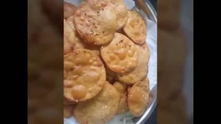 Shitala Satam 2017| Gujarati Festive| Namkin Masala Puri | Sweet Puri Recipe(Gud ki Puri) by Jiya vl