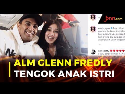 Mutia Ayu Ditengok Alm Glenn Fredly