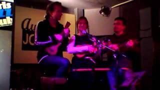 Steph, Vince - Le cul de ma soeur au Cabaret du uke de Décembre 2010