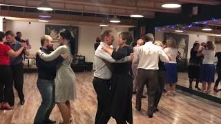 «Дом Танго» занятие 01 ноября 2017 г. - Танцуем простые шаги - Начинающие (Анна)