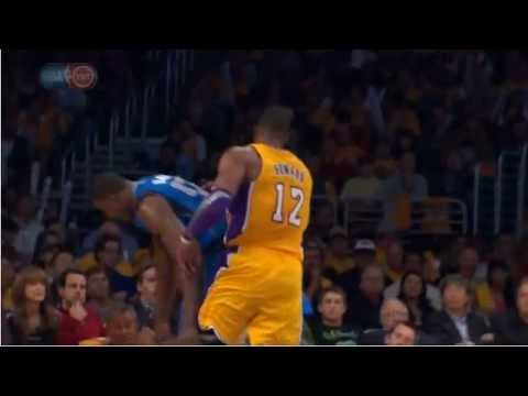 Dwight Howard Flagrant foul on Elton Brand Lakers-Mavs 10-30-12