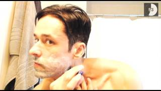Download Video Rafael Alencar shaving before the movie MP3 3GP MP4
